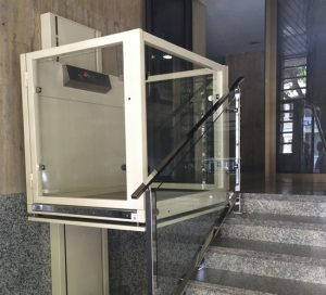 Elevadores salvaescaleras precios precio silla salvaescalera for Sillas ascensores para escaleras precios